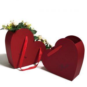 W9702 Red Heart Shape Flower Hanger Box Set of 2