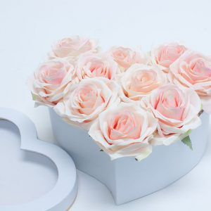 W9724 Royal White Heart-Shape with Window (Set of 3)