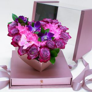 1119ARosegold Rose Gold Acrylic Square Flower Box Tilted Heart Center And Drawer