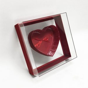 Red Transparent Hard Plastic Square Flower Box With Heart Shape In The Middle
