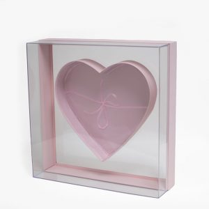 X Large Pink Transparent Hard Plastic Square Flower Box With Heart Shape In The Middle