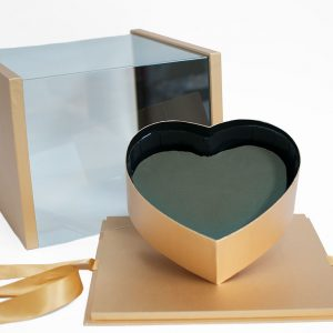 1021AGold Gold Acrylic Square Flower Box Tilted Heart Center